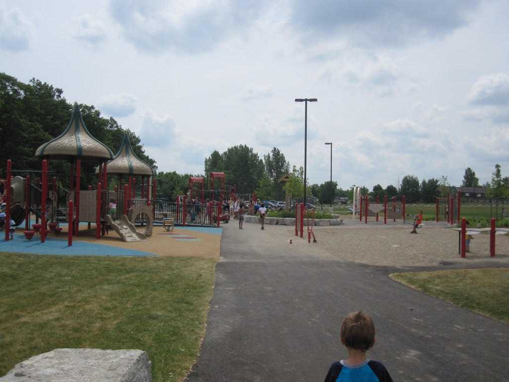 McLennan Park Kitchener, playground kitchener
